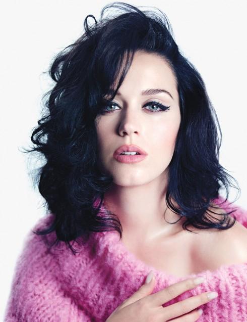 Chân dung nữ ca sĩ tắc kè hoa Katy Perry