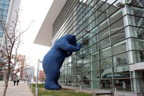 Denver Big Blue Bear sculpture by Lawrence Argent