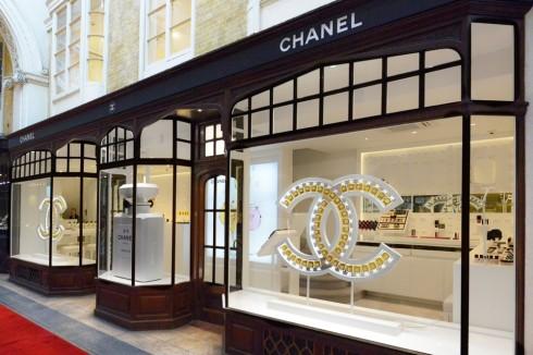 Chanel Shop tại Burlington Arcade