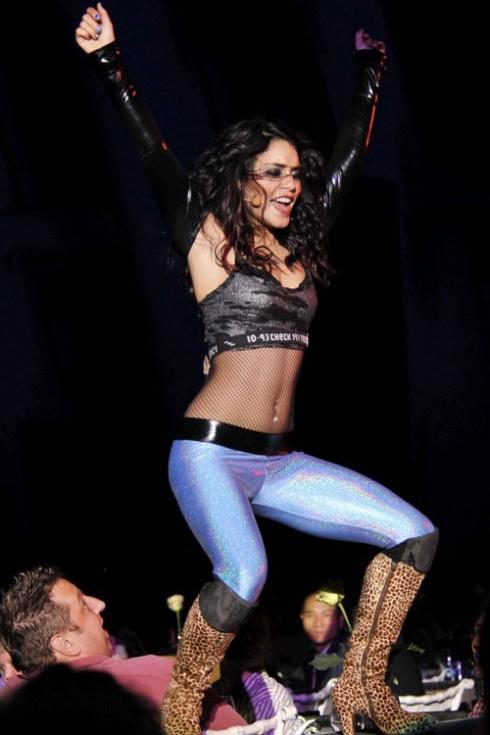 Một Vanessa cá tính trên sân khấu