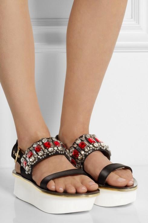 Kiểu giày trong BST Xuân Hè 2015 của Marni