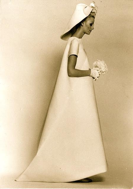 balenciaga-wedding-dress-archives-images-0602