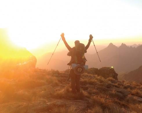 Cảm giác hạnh phúc khi chinh phục được một trong những đỉnh núi cao nhất tại châu Phi