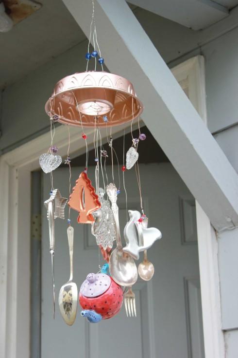 Đặt chuông gió trước cửa nhà