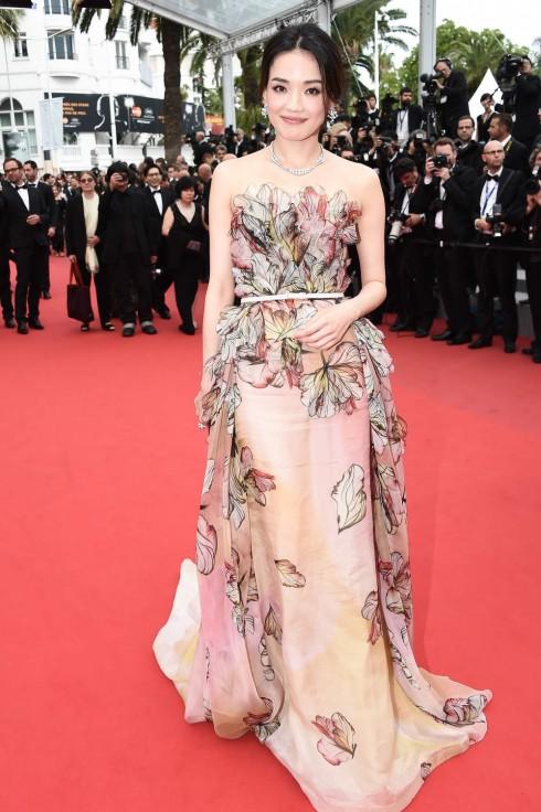 Thư Kỳ trên thảm đỏ Cannes 2015