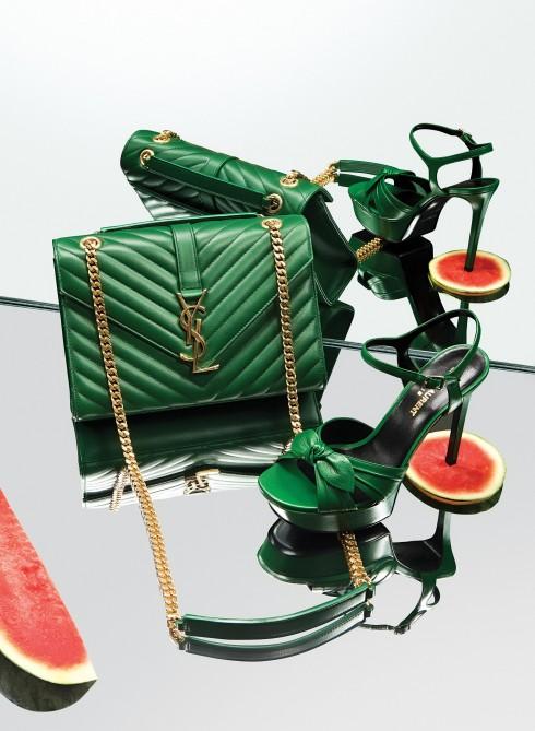 Túi Collège Monogram và giày sandals Bianca Saint Laurent