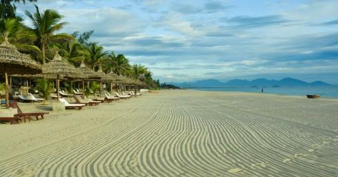 Bãi biển khu du lịch nghỉ dưỡng