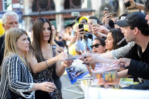 Sandra Bullock nhận được sự ưu ái của đông đảo người hâm mộ.