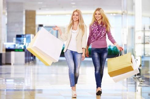 Niềm đam mê mua sắm của phái đẹp