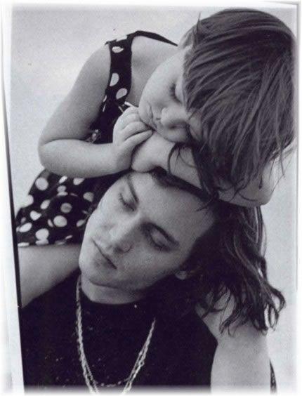 Hình ảnh đáng yêu cùng cô con gái Lily lúc nhỏ.