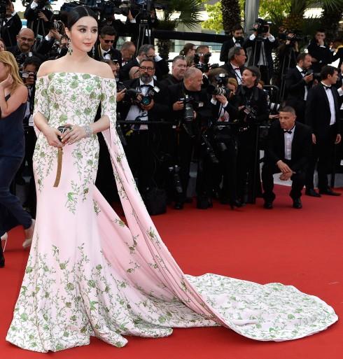 Đầm Ralph & Russo tại LHP Cannes đêm Gala 2015