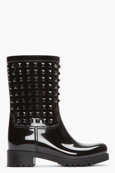 Bốt Valentino<br/>Valentino Black Patent PVC Rock-stud Rain-boots in Black