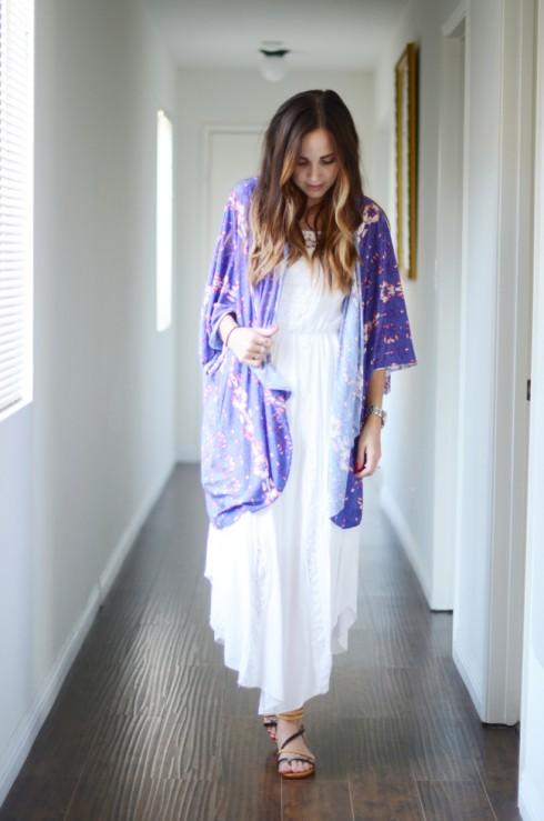 Váy maxi và kimono voan, bạn đã sẵn sàng đón gió biển chưa?