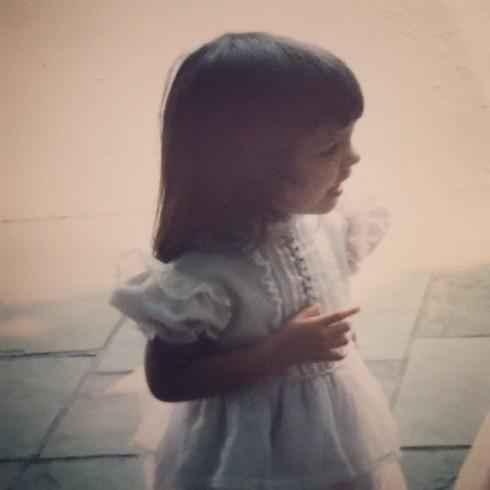 Katie Holmes năm 3 tuổi