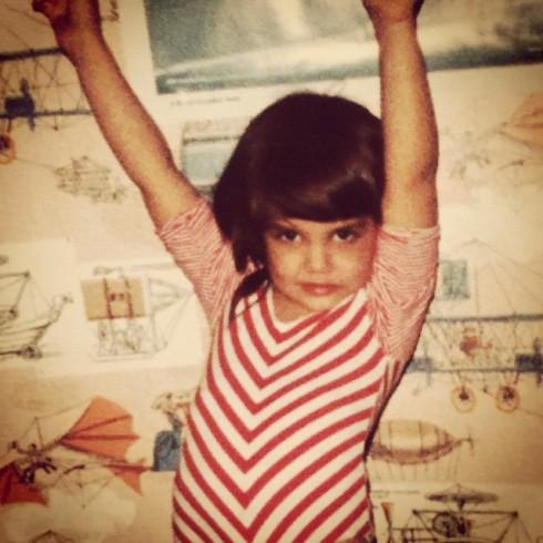 Katie Holmes năm 6 tuổi