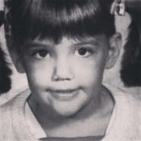Katie Holmes trước tuổi đi học