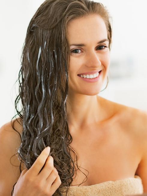 Tự làm mặt nạ cho tóc đơn giản tại nhà