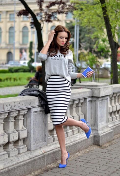Váy bút vì hoạ tiết sọc ngang sẽ tôn lên đường cong vòng 3 cho phái đẹp