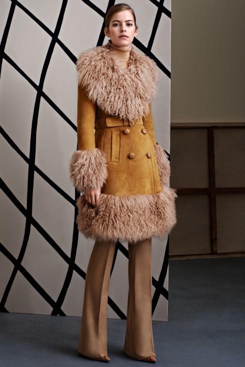Xu hướng thời trang áo lông cừu ở Gucci