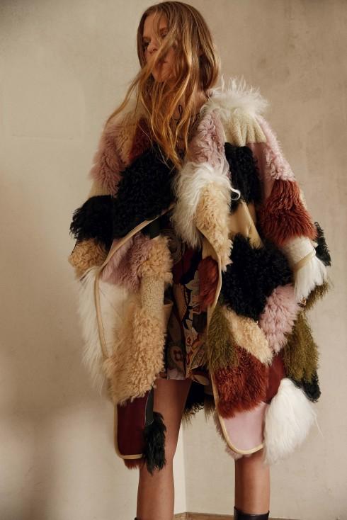 Xu hướng thời trang áo lông cừu ở Chloe