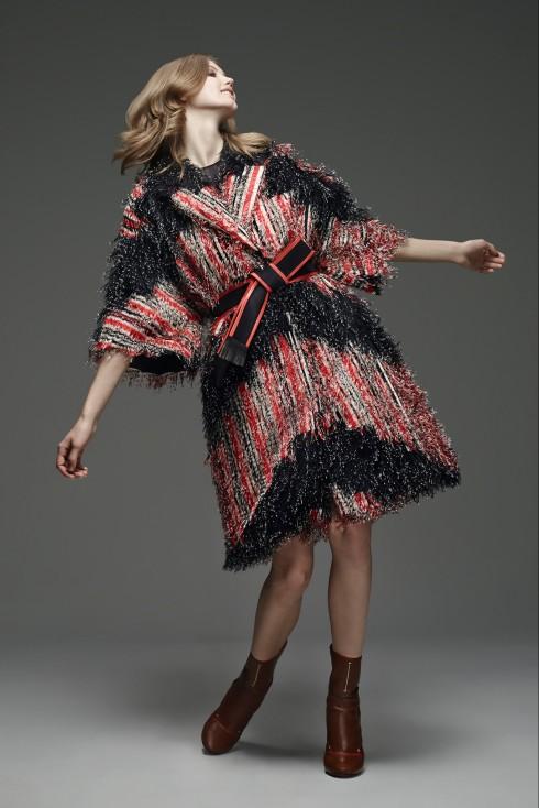 Trang phục bằng vải tweet của Fendi