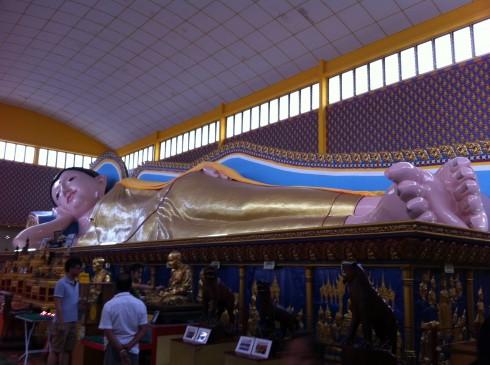 Chùa Phật nằm