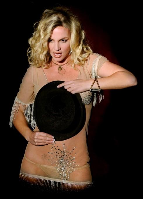 Năm 2006: tiếp tục ra mắt album thứ sáu Circus