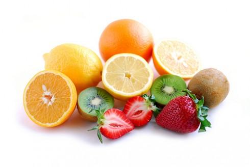 Dưỡng da bằng vitamin C