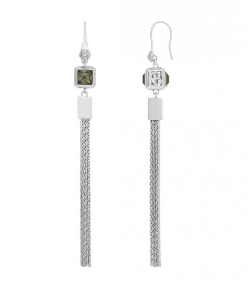 Princess Cube Linear Earrings của thương hiệu Henri Bendel New York