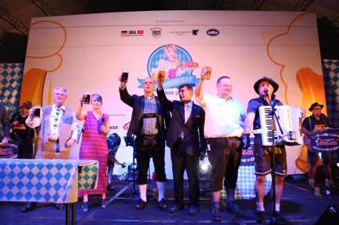 Lễ hội bia Oktoberfest 2014 tại JW Marriot Hanoi