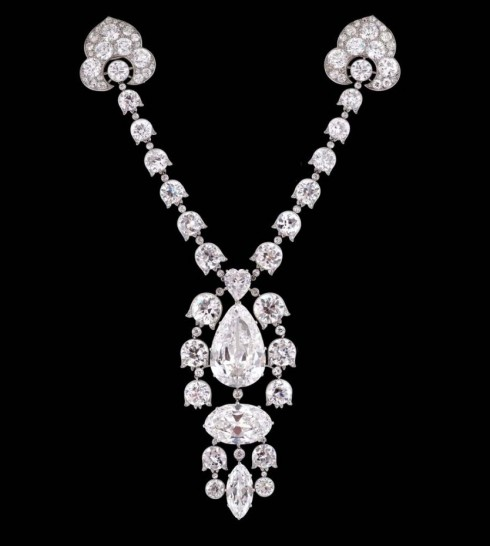 Dang cap cua Belle Epoque Diamond Devant De Corsage Brooch by Cartier