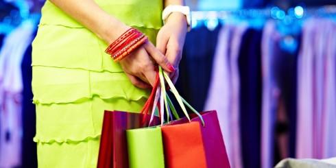 Bí quyết mua sắm thông minh phụ nữ thời hiện đại