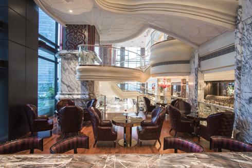 Cafe Cardinal - Lounge - 2