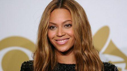 Cách chăm sóc da chống lão hóa của Beyoncé