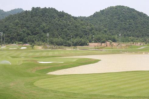 """BRG Legend Hill Golf Resort 18 hố độc đáo với """"twin green"""", mang đến trải nghiệm chưa từng có cho golf thủ tại Việt Nam."""