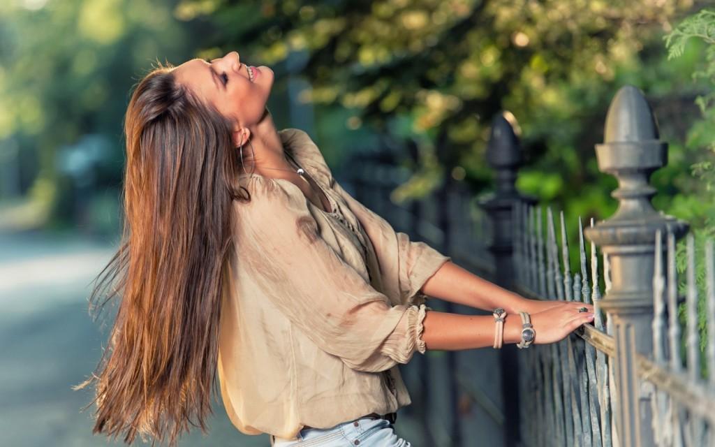 Hãy vui vẻ yêu đời thay vì để nỗi buồn ngự trị