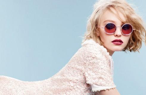 Lily-Rose Depp nàng thơ của nhà thiết kế thời trang Karl Lagerfeld