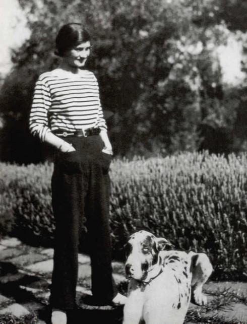 Chân dung thời trẻ của Coco Chanel