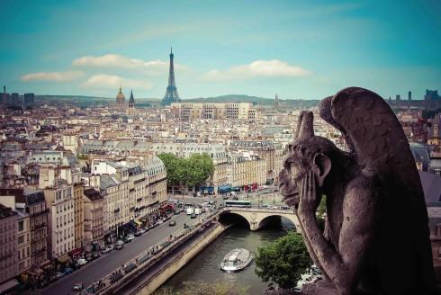 Bước chân ra ngoài phố, bạn sẽ thấy Paris tráng lệ như vẻ đẹp hào nhoáng của chàng công tước nhà giàu khi xưa.