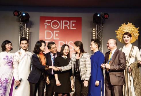 Bà đóng vai trò quan trọng trong các sự kiện giới thiệu văn hóa Việt Nam tại Pháp