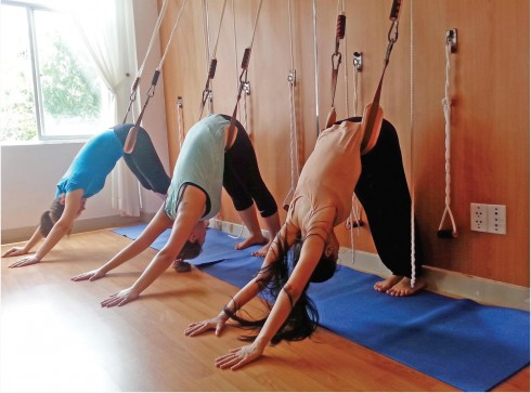 trung tam universal yoga