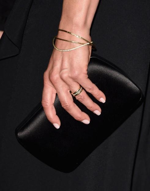 Cận cảnh nhẫn cưới của Jennifer Aniston