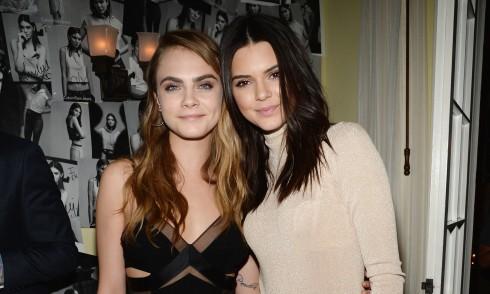 Cara Delevingne và cô bạn thân Kendall Jenner