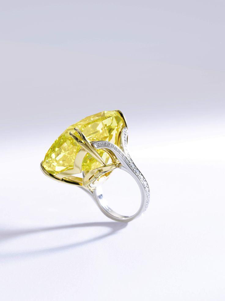 Những chiếc nhẫn kim cương đẹp nhất thế giới