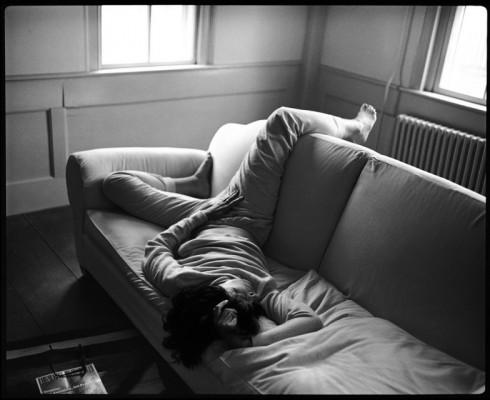 Susan Sontag được chụp bởi nhiếp ảnh gia Annie Leibovtiz