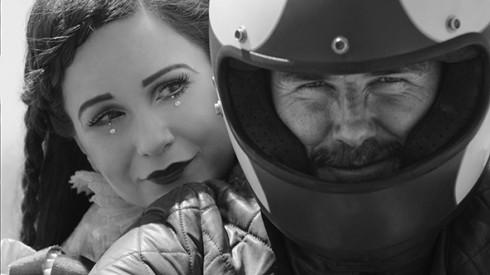 Một phân cảnh trong bộ phim Outlaws mà David Beckham tham gia diễn xuất.