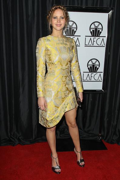 Thời trang thảm đỏ của Jen tại Lễ trao giải Annual Los Angles Film Critics Association Awards lần thứ 38 ở khách sạn InterContinental tại thành phố Century, California (12/1/2013).