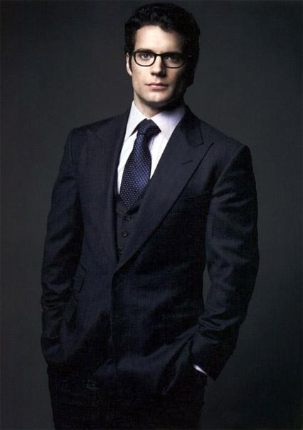Henry Cavill - Tuổi: 32. Hiện đang độc thân sau khi chia tay với Marisa Gonzalo. Các tác phẩm điện ảnh gần đây và dự án tương lai: The Man form U.N.C.L.E, và anh sẽ hóa thân thành Superman trong bộ phim Superman x Batman: Dawn of Justice.