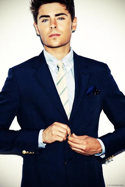 Zac Efron - Tuổi: 27. Đang hẹn hò với Sami Miro, họ đã ở bên nhau kể từ tháng 10, 2014. Dự án điện ảnh: bộ phim We Are Your Friends mà anh tham gia đang trong giai đoạn hậu kì và sắp được trình chiếu, trong phim Zac vào vai một DJ nổi tiếng.