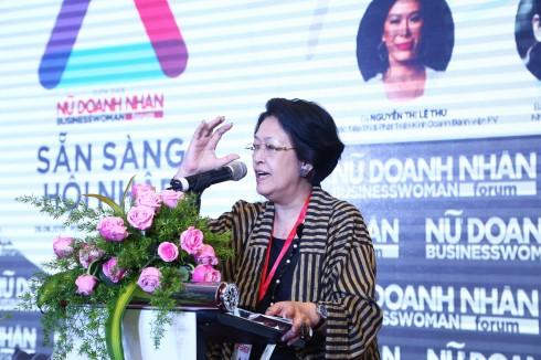 Bà Tôn Nữ Thị Ninh - Nguyên Đại sự đặc mệnh toàn quyền Việt Nam tại EU chia sẻ về vấn đề hình ảnh và phong cách của nữ doanh nhân